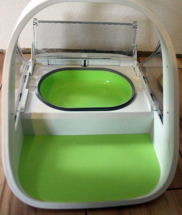 Surefeed Futterautomat Napf und Matte grün