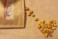 Gesunde Katzenleckerlies gefriergetrocknet- Alternative zu Cosma Snackies im Test